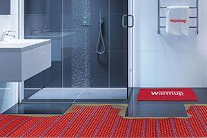 Elektrische Fußbodenheizung unter Duschen